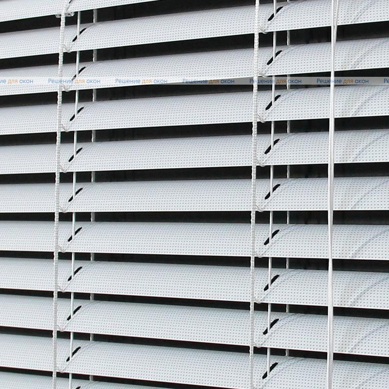 Жалюзи горизонтальные межрамные 25 мм, арт. 0225 Белый перфорация от производителя жалюзи и рулонных штор РДО
