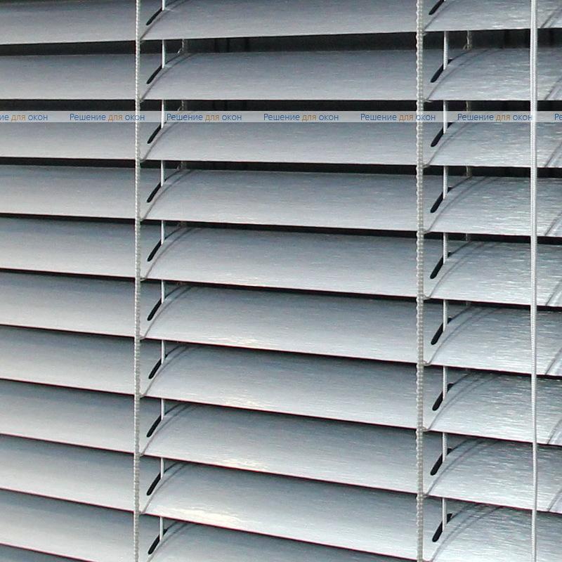 Жалюзи горизонтальные 25 мм, арт. 7505 Штрих серебро от производителя жалюзи и рулонных штор РДО