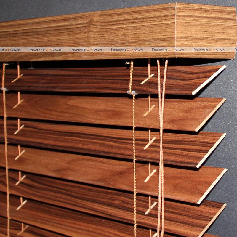 Жалюзи горизонтальные 50 мм, арт. Red Rosewood ламинация от производителя жалюзи и рулонных штор РДО